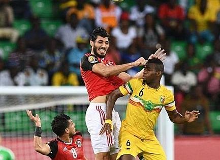 منتخب مصر يتعادل سلبيا مع مالي !!بالفيديو